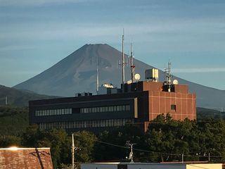 駅前富士山.jpg